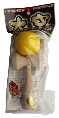 Kendama Ozora Yellow Packaging