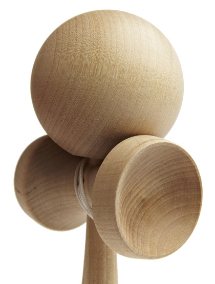 Kendama TK16 Grain Closeup