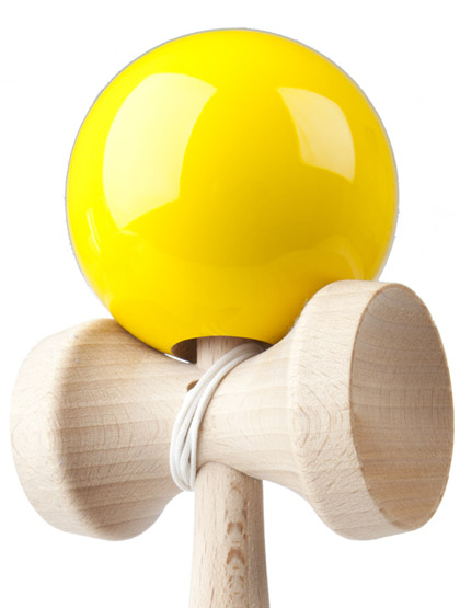 Kendama Play Yellow Closeup