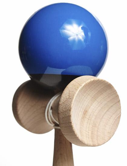 KDUK Union Kendama Black Blue Closeup