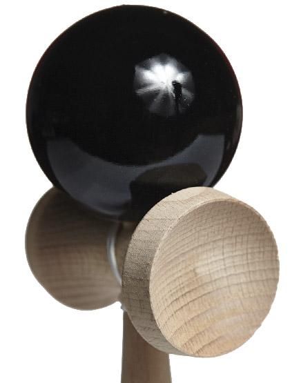 Kendama Ozora Black Closeup
